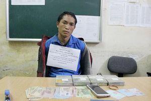 Điện Biên bắt thanh niên 8x mua bán 4 bánh heroin