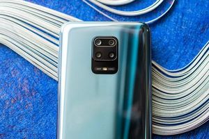 Smartphone chip Snapdragon 720G, RAM 8 GB, pin 5.020 mAh, sạc 33W, giá gần 6 triệu