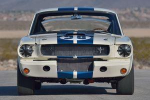 Nguyên mẫu Shelby GT350R 1965 huyền thoại trở lại với giá 3,5 triệu USD