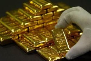 Vàng thế giới giảm, mất mốc 1.600 USD/ounce