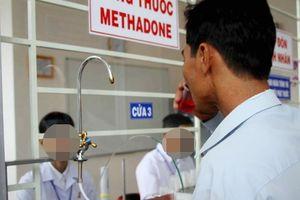 Bắt 3 đối tượng chuyên bán ma túy cho các con nghiện đang điều trị methadone