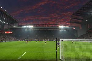 Thể thao thời COVID-19: Hoãn Ngoại hạng Anh, UEFA Champions League và Europa League