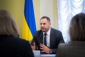 Ukraine cảnh báo việc rút Kiev khỏi thỏa thuận Minsk sẽ mang 'kết quả thảm khốc'