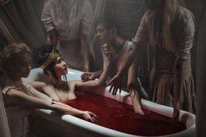 Bí quyết làm đẹp có '1-0-2' của những phụ nữ độc ác nhất mọi thời đại: Có người tắm cả máu tươi