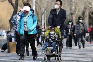 Dân Trung Quốc ra đường khi Covid-19 giảm: 'Suýt khóc khi nhìn thấy thiên nhiên'