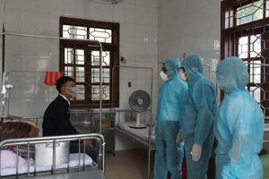 Hà Tĩnh: Cách ly 4 người đi cùng chuyến bay với bệnh nhân số 51