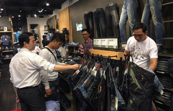 Người tiêu dùng Việt Nam tiếp tục giữ vững thứ hạng cao về chỉ số niềm tin