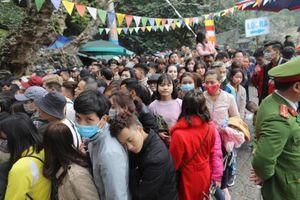 Khách du lịch tới chùa Hương thời gian này phải chú ý gì?
