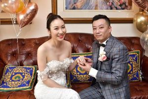 Nữ diễn viên TVB làm đám cưới phát online giữa đại dịch Covid-19