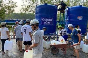 Hơn 6 ngàn m3 nước sạch tiếp viện cho người dân vùng ngập mặn Bến Tre
