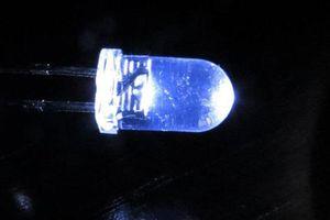 Bóng tối cũng có thể tạo ra được năng lượng điện như ánh sáng Mặt trời