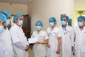 Đến Huế thị sát, Thứ trưởng Bộ Y tế ấn tượng với công tác phòng chống dịch
