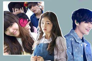 Cư dân mạng thích thú trước ảnh chụp chung hiếm hoi của Seunghee (Oh My Girl) và V (BTS) thời trung học