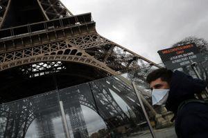 Paris hoa lệ hóa 'thành phố ma' sau ngày đầu phong tỏa vì dịch Covid-19