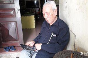 Cụ ông 93 tuổi mài dao kéo, sửa tông đơ được tặng danh hiệu Nghệ nhân ưu tú về ca trù