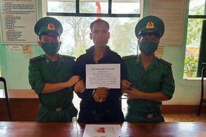 Phá tụ điểm sử dụng ma túy ngay trong bản làng ở Quảng Trị