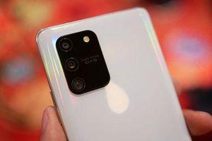 Đánh giá chi tiết Samsung Galaxy S10 Lite: Chip S855, RAM 8 GB, pin 4.500 mAh, giá 14,99 triệu