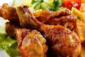 Cách làm tỏi gà chiên mắm thích hợp ăn ngày lạnh