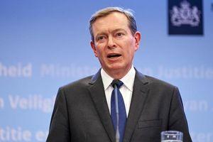 Bộ trưởng Y tế Hà Lan từ chức sau khi bị ngất tại cuộc thảo luận