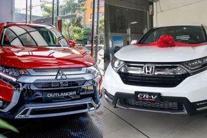Tầm giá 1 tỷ đồng, chọn mua Mitsubishi Outlander 2020 hay Honda CR-V?
