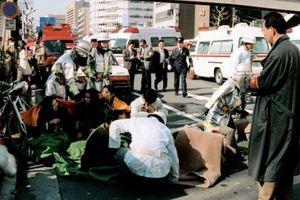 Di chứng chất độc Sarin từ vụ tấn công tàu điện ngầm Tokyo