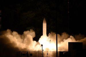 Mỹ phóng thành công tên lửa siêu thanh, thách thức Nga
