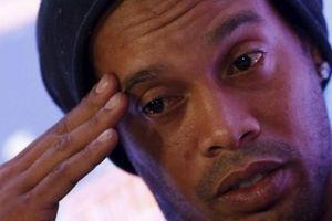 Ronaldinho và tuổi 40 buồn của ngôi sao mê tiệc tùng