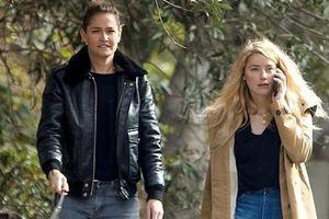 Amber Heard trông phờ phạc khi đi dạo cùng người tình đồng giới