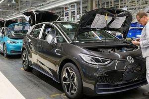 Do đại dịch Covid-19, Volkswagen sẽ đóng cửa các nhà máy lâu hơn dự kiến