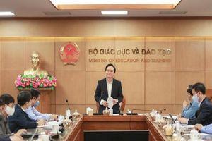 Bộ trưởng Bộ GD&ĐT yêu cầu khẩn trương công bố đề thi minh họa