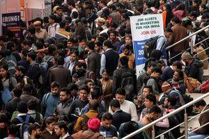 450 triệu lao động Ấn Độ lâm cảnh 'tiến thoái lưỡng nan' vì COVID-19