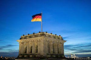 Đức siết chặt quy định về giãn cách xã hội giữa dịch COVID-19