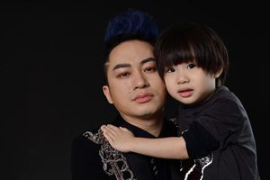 Những hình ảnh hiếm hoi về cậu con trai 4 tuổi của Tùng Dương