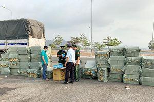 Ngăn chặn vận chuyển lậu khẩu trang y tế qua biên giới