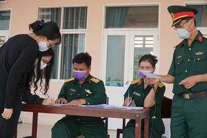 Trường Quân sự Quân khu 9 tiếp nhận, cách ly 165 hành khách đến từ châu Âu