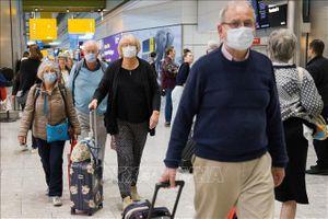 Số ca tử vong do COVID-19 tại Anh tăng lên 422 người