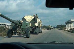 Quân đội Syria kéo pháo hạng nặng vào Idlib