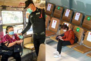 Thái Lan ngày đầu tiên sau tuyên bố tình trạng khẩn cấp: Hơn 350 trạm kiểm soát, sinh hoạt của người dân diễn ra khác lạ