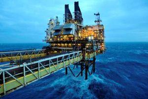 Điều gì xảy ra khi giá dầu xuống 10 USD?