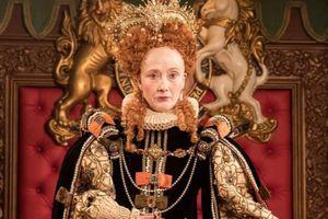 Nữ hoàng Elizabeth I đã đánh mặt trắng như vôi bằng cách nào?