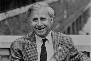 HLV giúp tuyển Pháp vô địch Euro 1984 qua đời ở tuổi 87