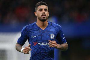 Chelsea bán tháo 2 cầu thủ bị Lampard ngó lơ
