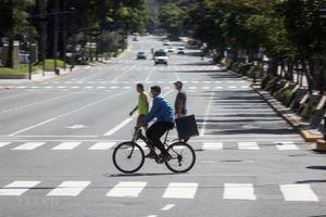 Cảnh sát Argentina bắt giữ hơn 2.000 người vi phạm lệnh phong tỏa