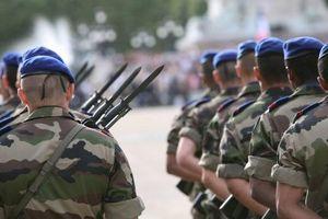 Pháp quyết định rút quân khỏi Iraq