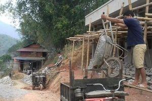 Huyện Quan Hóa, Thanh Hóa: Trớ trêu 'làng đèn dầu' cạnh... nhà máy thủy điện