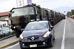 'Nếu không cẩn thận, Mỹ có thể trở thành Italy'