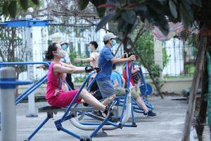 Hà Nội khuyến cáo người dân tập luyện ở nhà