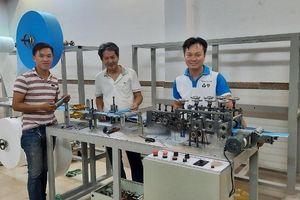 Chế tạo máy sản xuất khẩu trang y tế