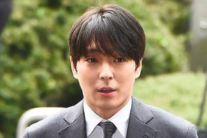 Ngôi sao K-pop Choi Jong Hoon nhận án tù vì bê bối tình dục