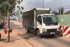 Bình Dương: Người đàn ông đi xe máy bị xe tải cán tử vong tại chỗ